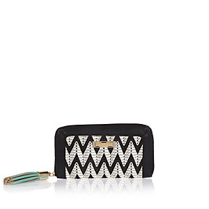 Black zig zag weave purse