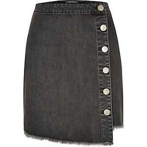 Black wash denim buttoned mini skirt