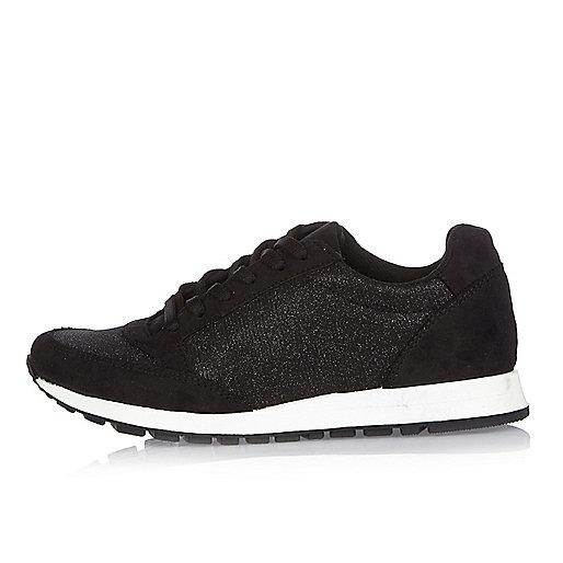Black glittery sneakers