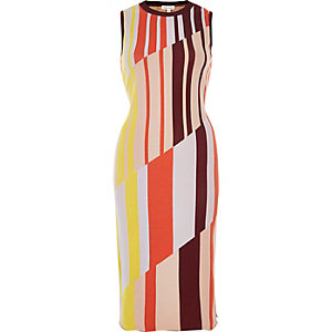 Red knitted stripe column dress