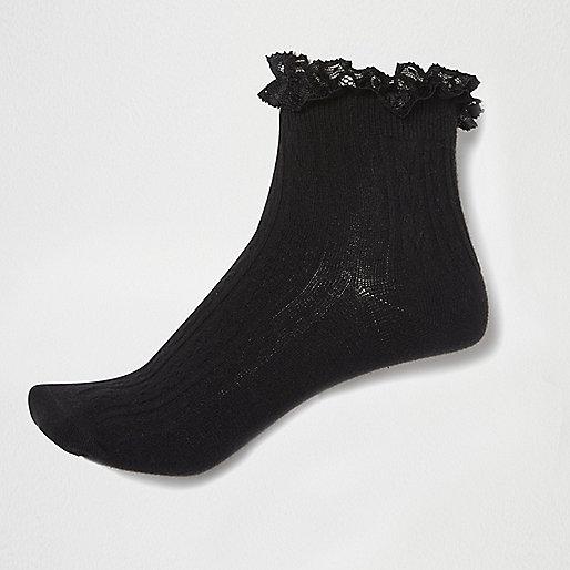 Socquettes noires à bordure volantée