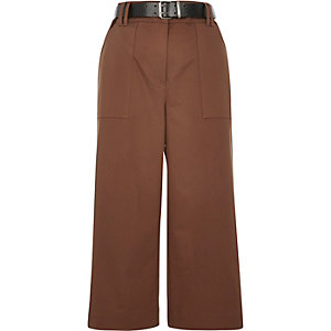 Brown belted culotte pants