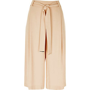 Beige smart belted culotte pants