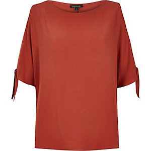 Dark orange cold shoulder t-shirt