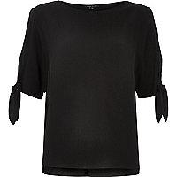 Black split sleeve t-shirt