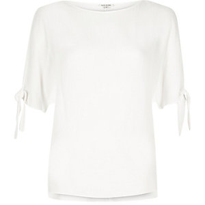 White split sleeve t-shirt