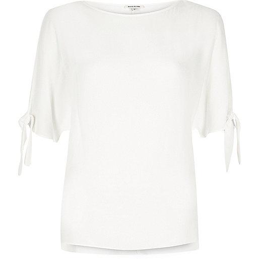 White split sleeve t-shirt