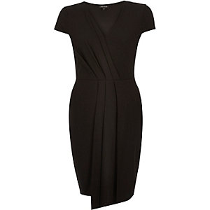 Black ruched bodycon V-neck dress