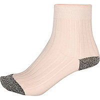 Pink metallic ankle socks
