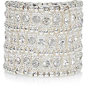 White glam ethnic bracelet