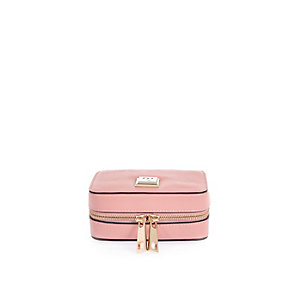 Pink zip around jewelry case
