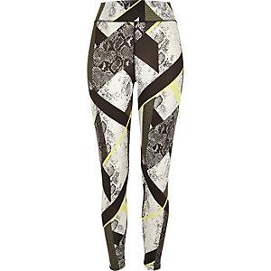 White snake print leggings