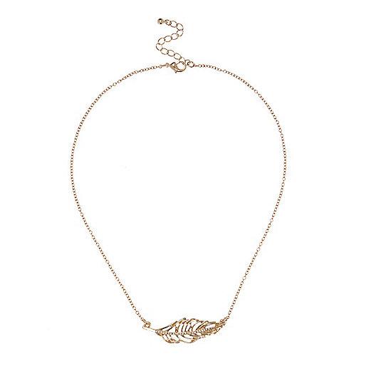 Gold embellished leaf necklace