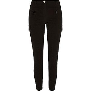 Black pocket skinny jeans