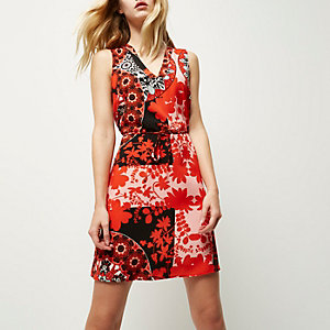 Red floral print lace-up back