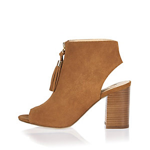 Brown suede zip-up shoe boots