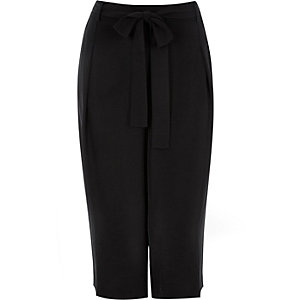 RI Plus black culottes