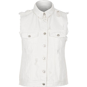 White sleeveless denim jacket