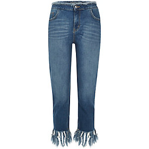 Mid blue wash frayed cropped jeans