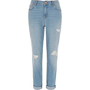 Light blue wash ripped boyfriend jeans