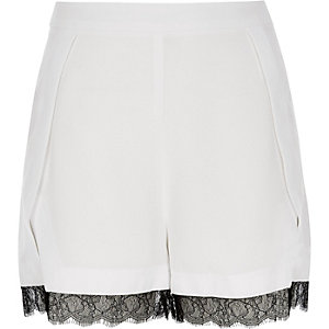 White lace trim shorts
