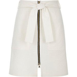 White textured zip-up A-line skirt