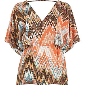 Orange zig zag cape back t-shirt
