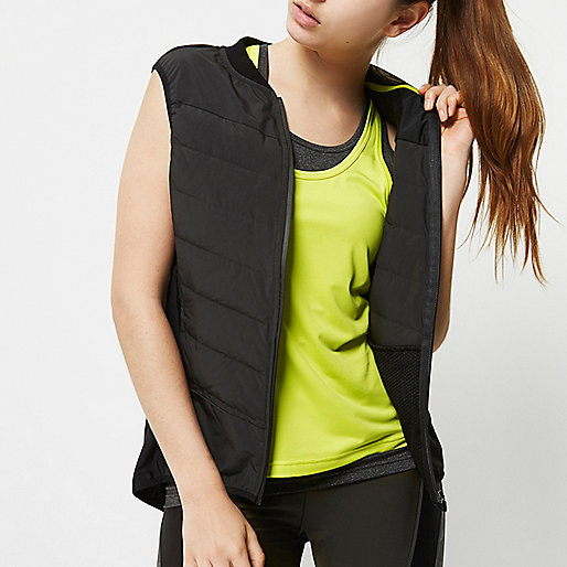 RI Active black padded sports vest