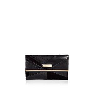 Black foldout purse