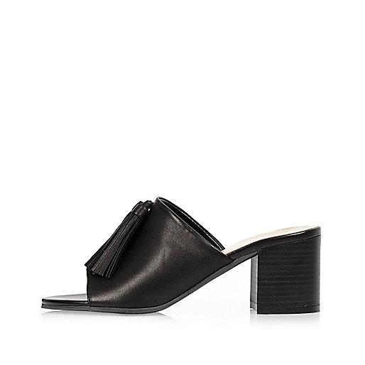Black leather tassel mules
