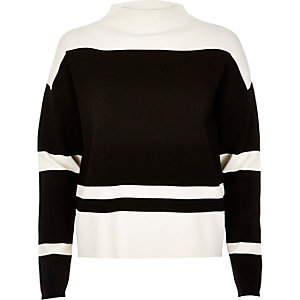 Black block stripe sweater