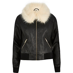 Black faux fur collar jacket