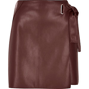 Dark red buckle wrap mini skirt