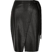 Jupe mi-longue en cuir synthétique noir style portefeuille