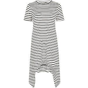 White stripe longline hanky hem t-shirt