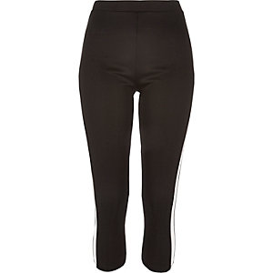 Black side panel capri leggings