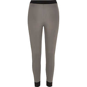Grey panelled leggings