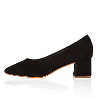 Black block heel glove shoes