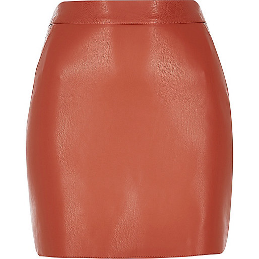 Rust leather look mini skirt
