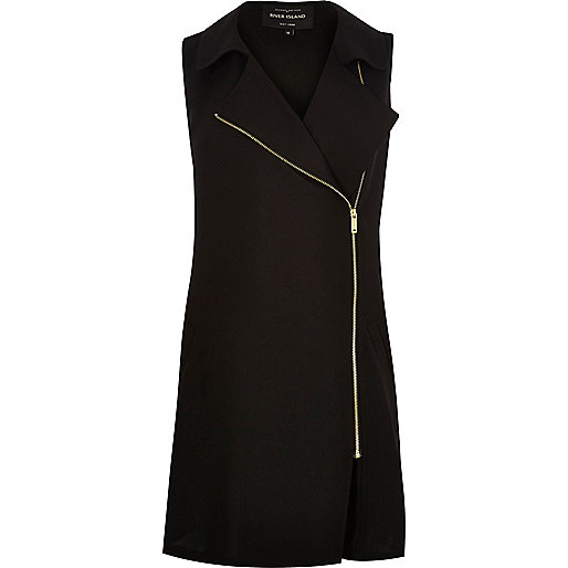 Black longline sleeveless jacket
