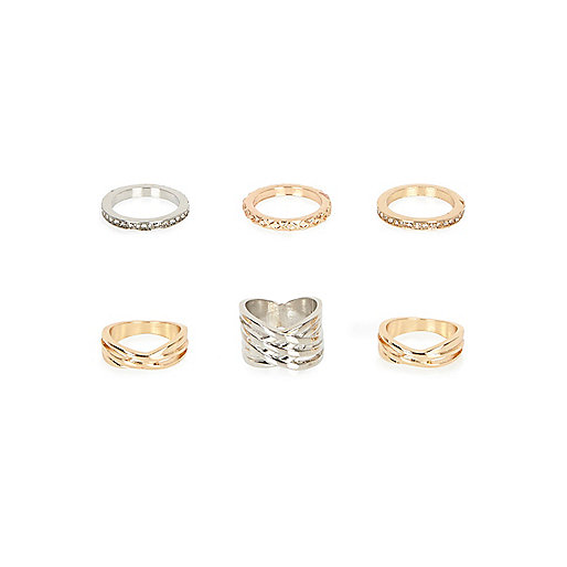 Gold and silver tone diamanté rings pack