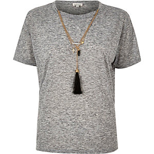 Grey necklace t-shirt