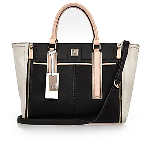 Black panel winged tote bag