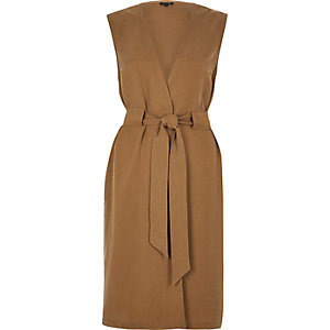 Tan sleeveless duster jacket