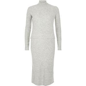 Graues 2-in-1-Kleid aus Rippstrick