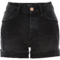 Short boyfriend en jean délavage noir