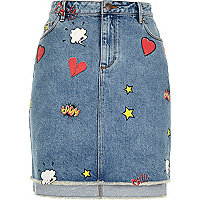 Mid blue wash comic print denim skirt