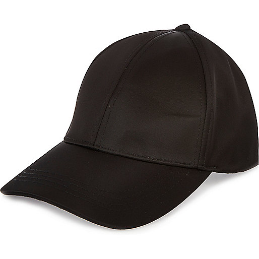 Black nylon cap