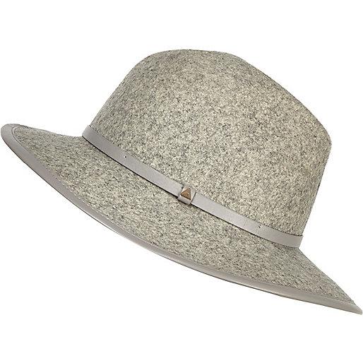 Chapeau fedora en feutre gris