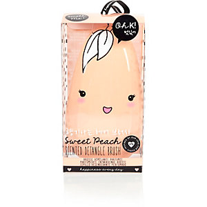 Oh K orange peach scented detangle brush